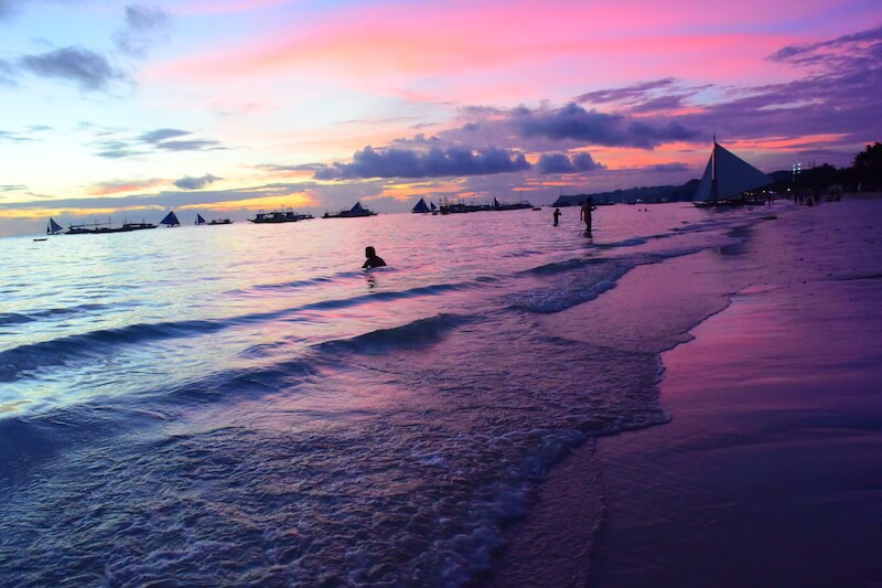 18 photos to inspire family travel to Boracay via @DishOurTown