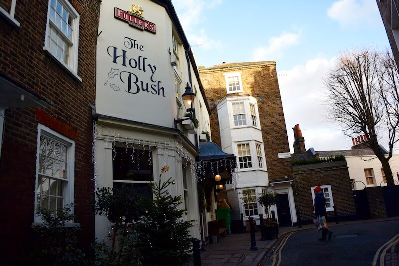 The New Year at Holly Bush in Hampstead, London via @DishourTown