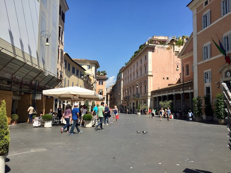 Bon Appetour, Eating Like a Local in #Rome via @DishOurTown #localfood #familytravel