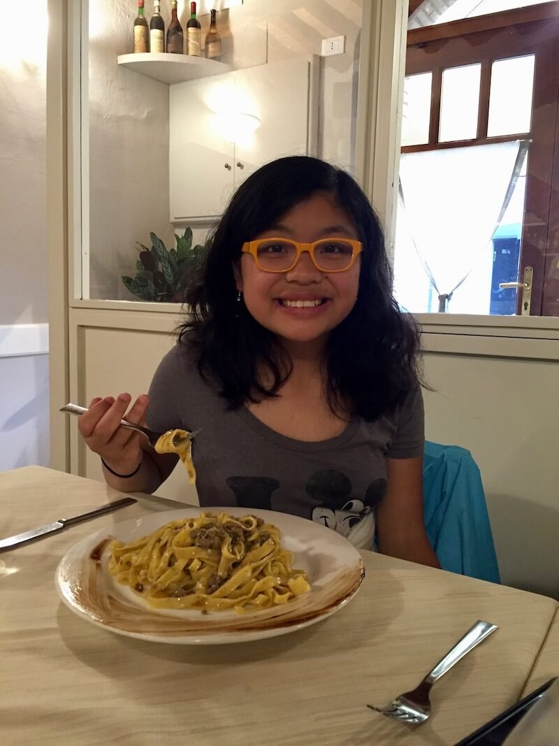 "A kid's tops 10 ""oh my God"" food moments around the world via @dishourtown"