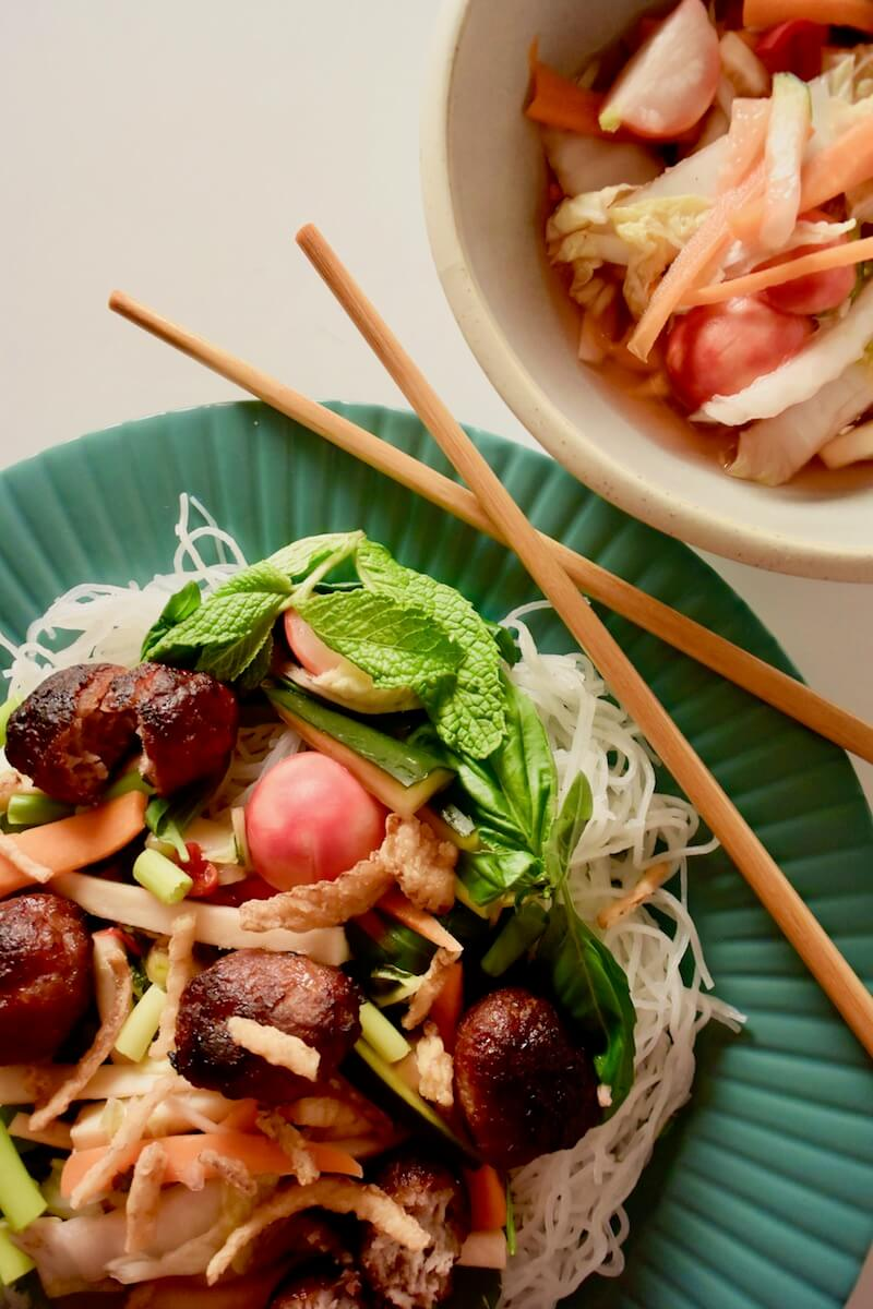 Vermicelli Noodle Salad Recipe Via @dishourtown #Asian #ricevermicelli #noodlesalad
