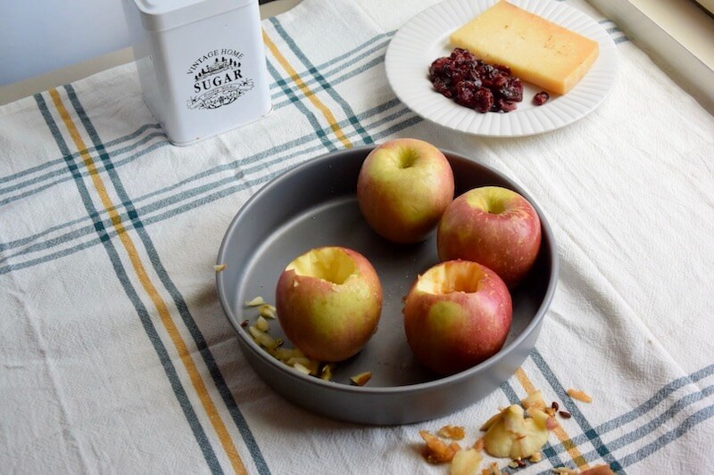 Baked Apples with Chardonnay, Cheddar cheese, Cranberries and sugar with @CKMondaviWines #CKMondaviWines #CKMondaviAmbassador #CKMondaviHolidayBaking